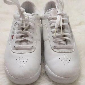 Reebok Shoes - Reebok princess classic white sneakers